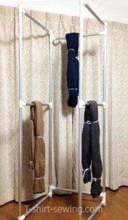 枷縛り 枷のまま棹に掛ける-1.jpg